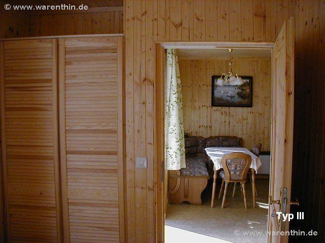 Blick in den Wohnbereich eines Bungalows Typ III in Rheinsberg - Warenthin