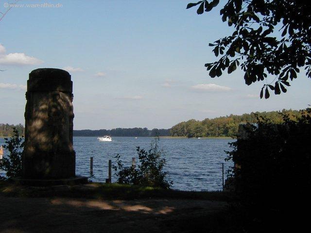 Blick auf den Rheinsberger See direkt vor dem Gasthaus in Rheinsberg - Warenthin.