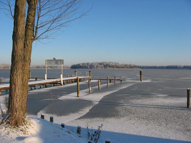 Winterlicher Rheinsberger See