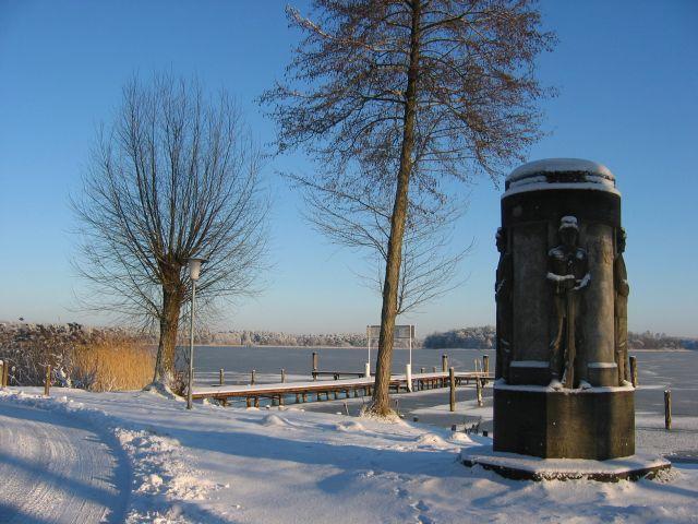 Blick auf den Rheinsberger See, diesmal im Winter
