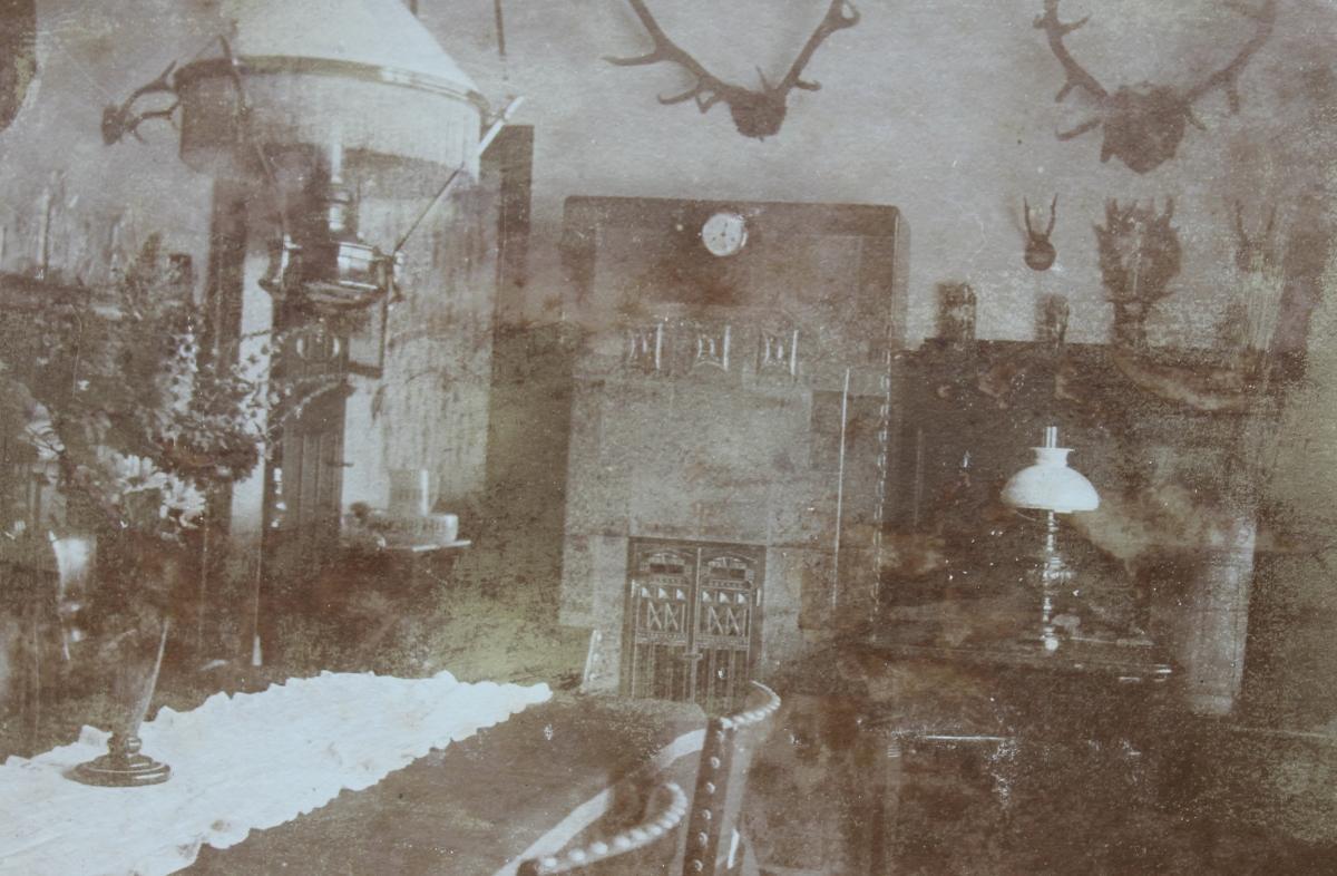 Gastraum des Logierhauses Kittel in Warenthin um 1890