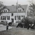 Das Haus der Familie Völkner in Warenthin um 1925.